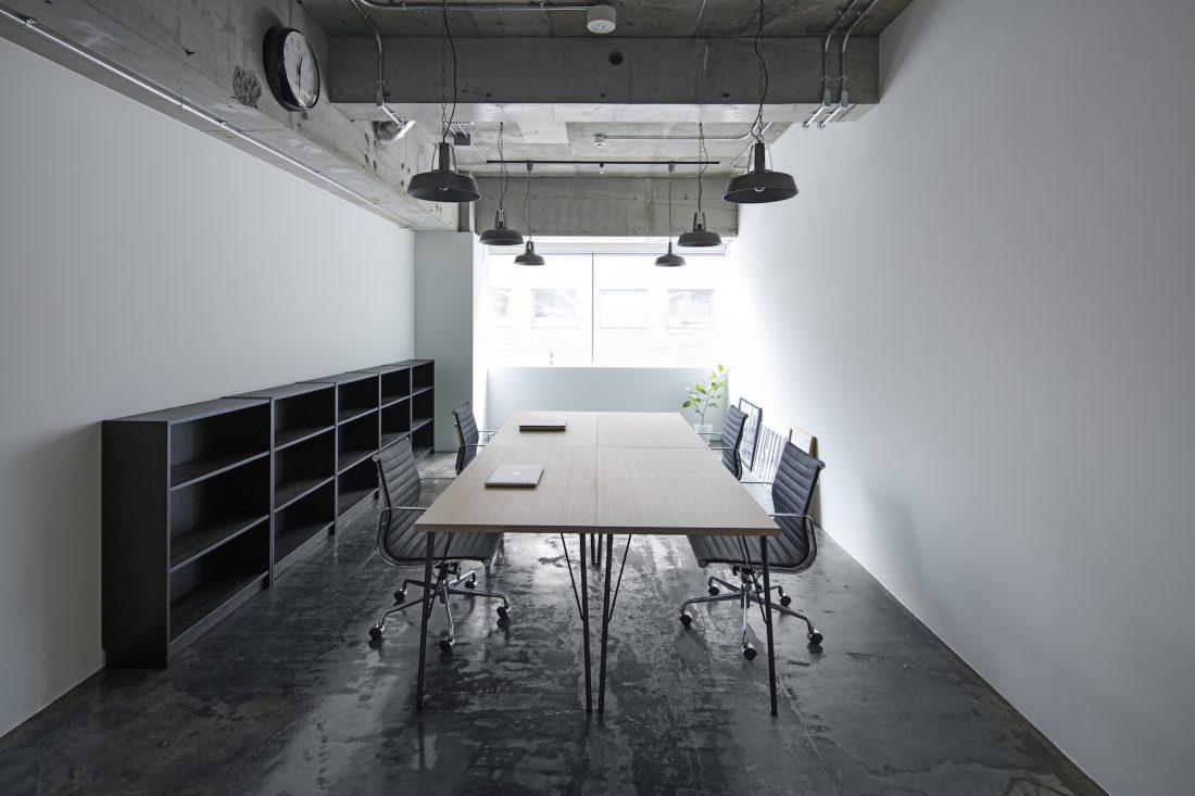 「&WORK NIHONBASHI」内のオシャレなオフィス空間